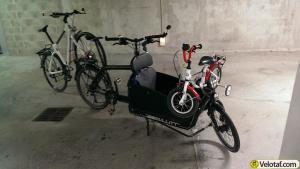 Duo, un vélo sur la caisse et un en remorque